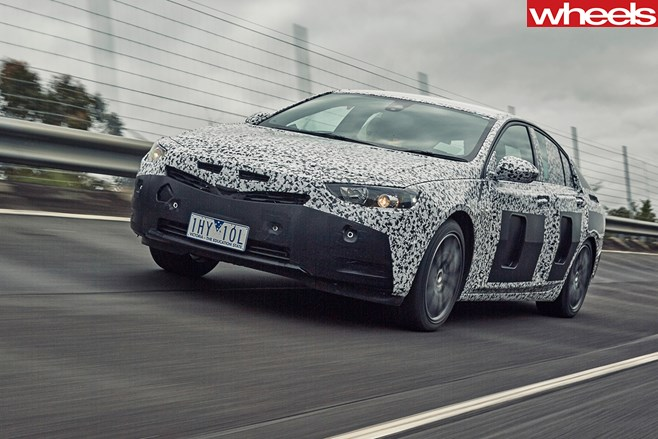 2018-holden-commodore-driving-front